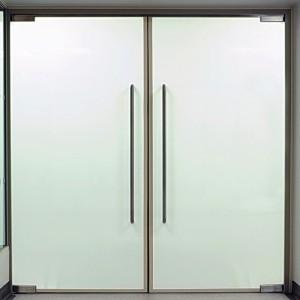 Pintu Kaca Swing
